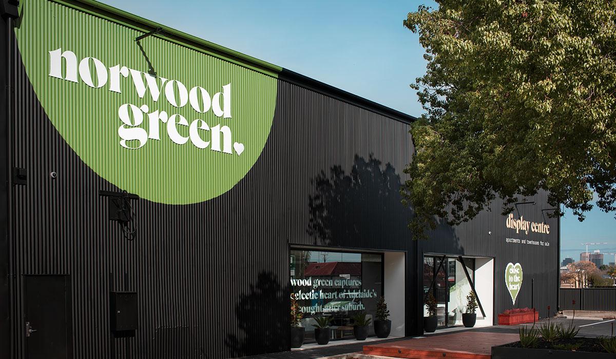 Norwood Green display centre east by Algo Más